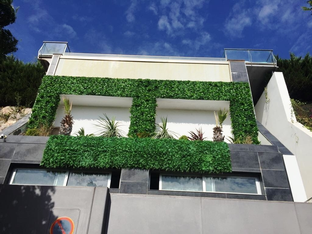 jardin vertical artificial exterior