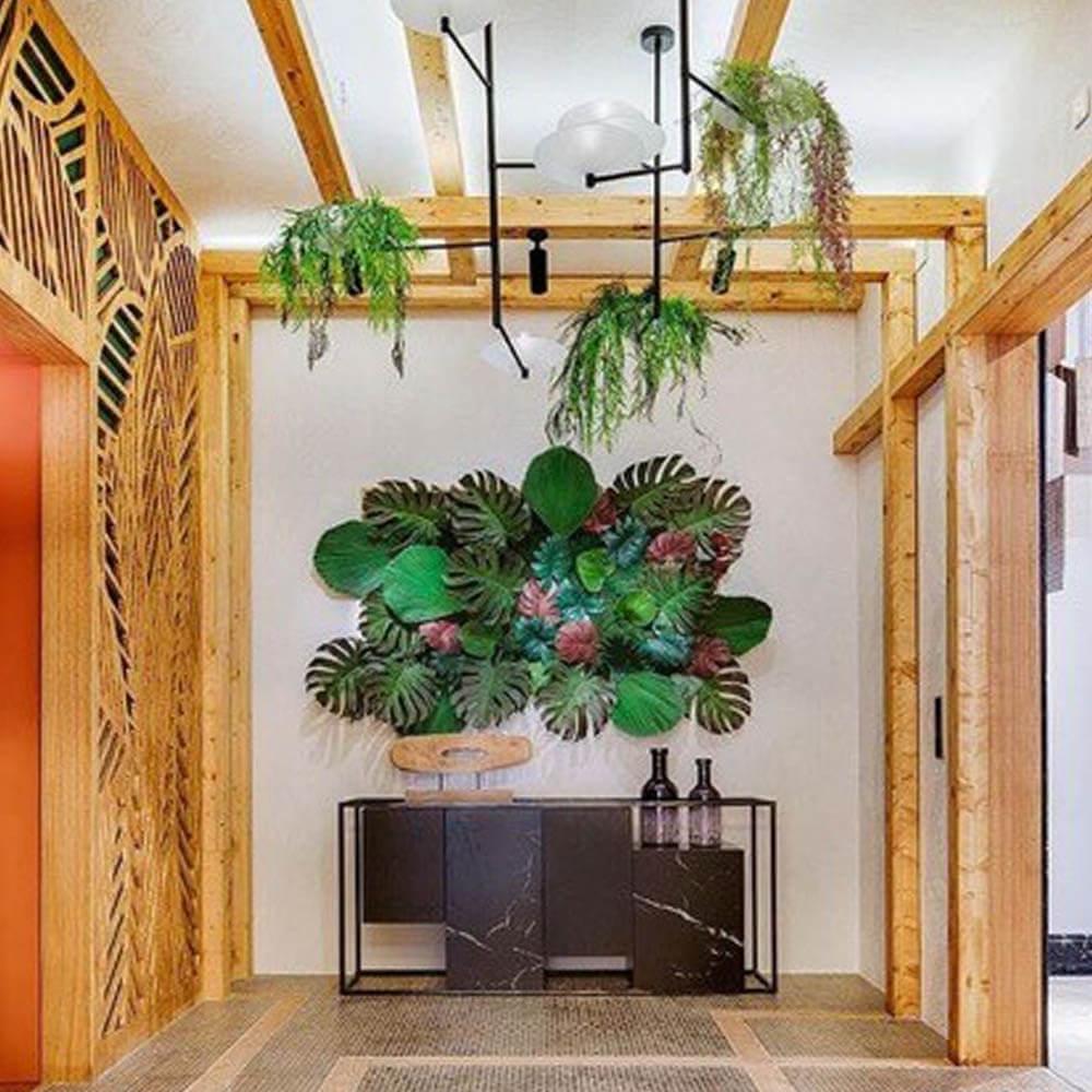 Hostería con Decoración de Plantas